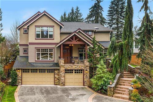 Photo of 10203 NE 31st Place, Bellevue, WA 98004 (MLS # 1711502)