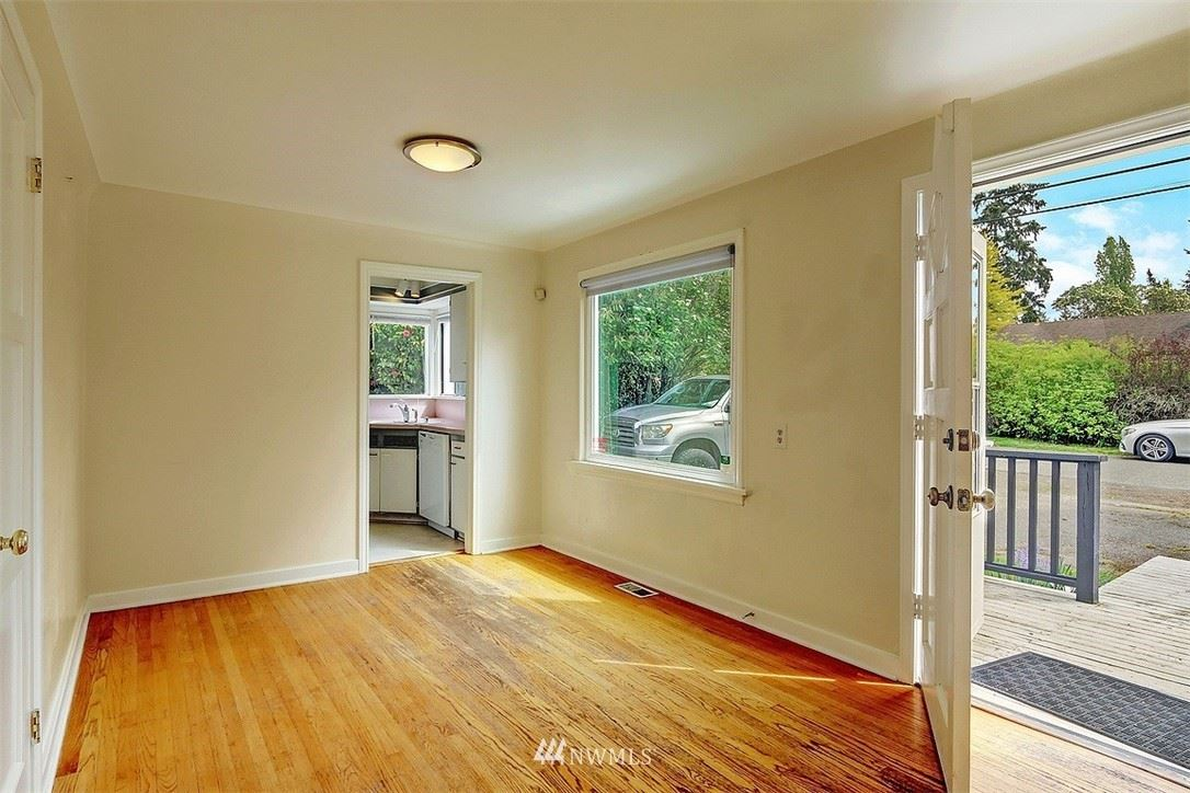 Photo of 1504 N 128th Street, Seattle, WA 98133 (MLS # 1770504)
