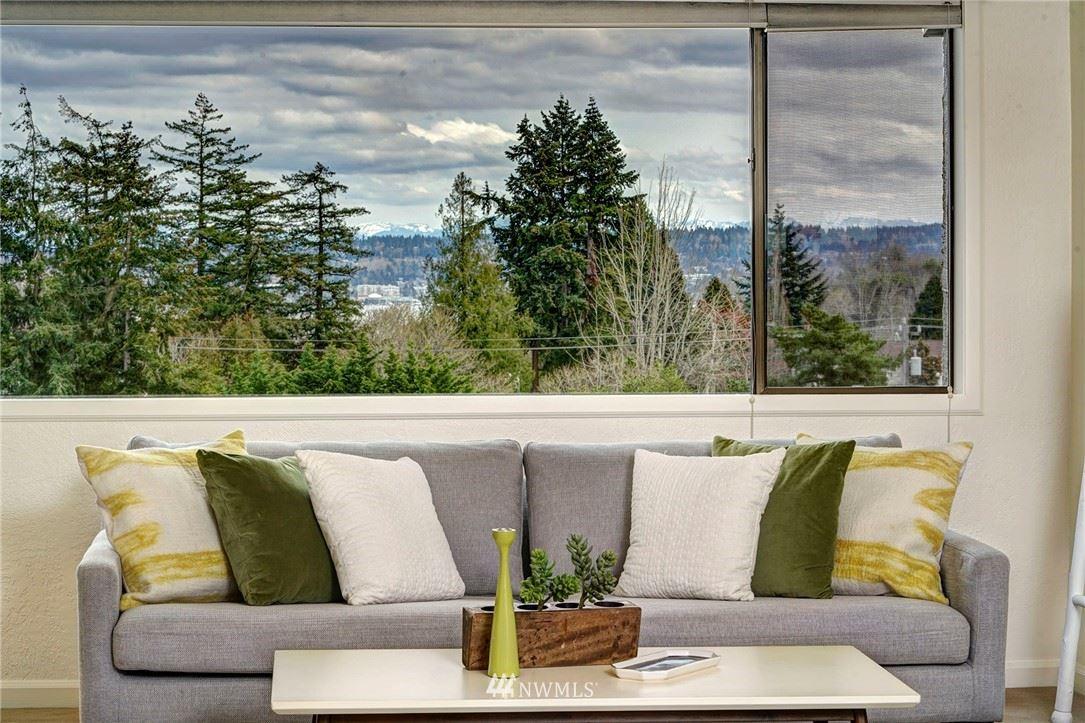 Photo of 6704 Parkpoint Way NE #E401, Seattle, WA 98115 (MLS # 1752506)