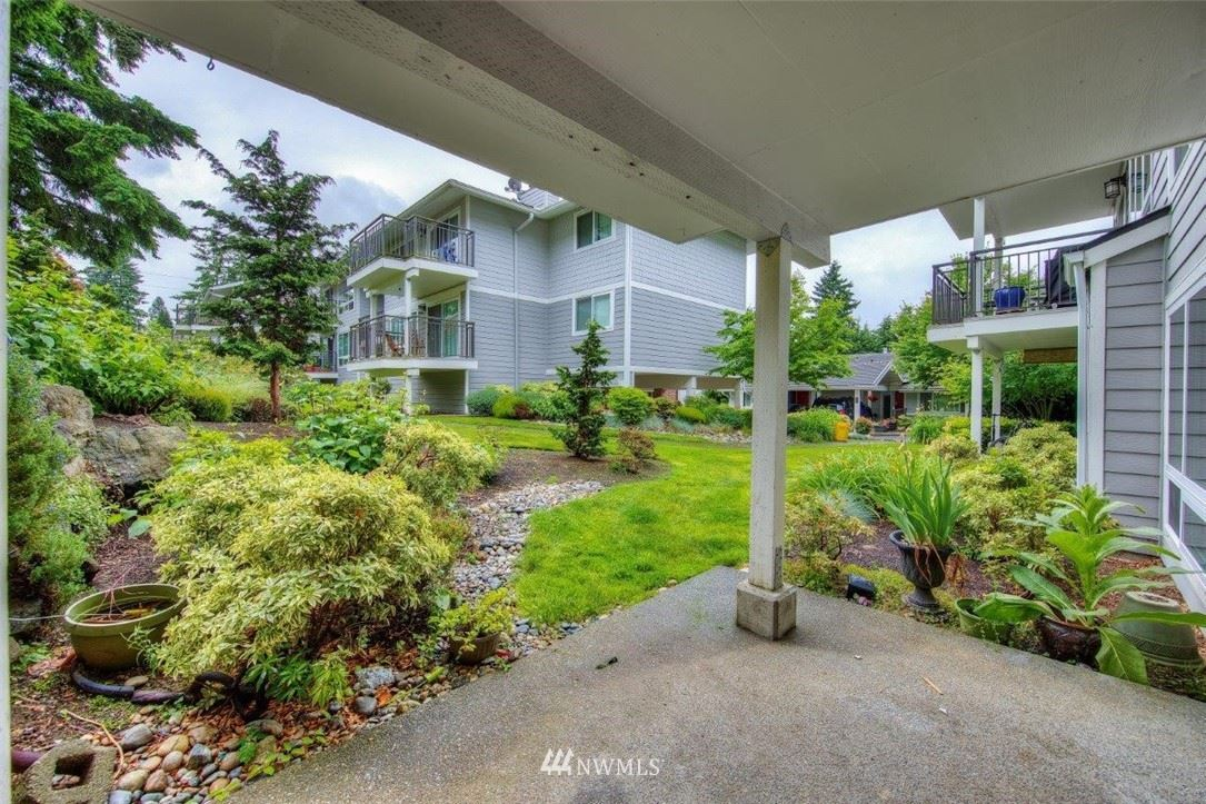 Photo of 15212 NE 8th Street #F13, Bellevue, WA 98007 (MLS # 1784507)