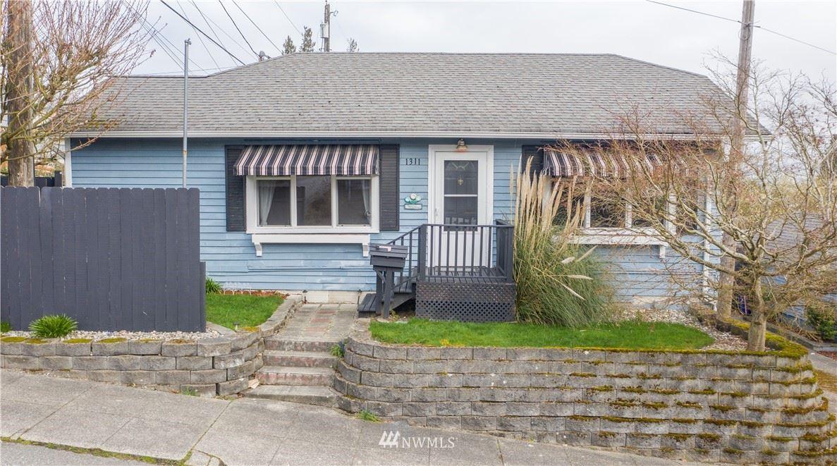 Photo of 1311 39TH Street, Everett, WA 98201 (MLS # 1747511)