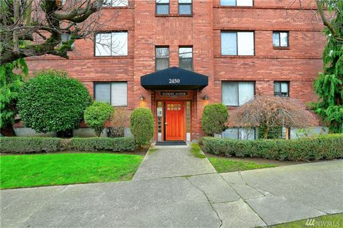 Photo of 2450 Dexter Ave N #3, Seattle, WA 98109 (MLS # 1553512)