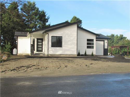 Photo of 1084 Ocean Shores Boulevard SW, Ocean Shores, WA 98569 (MLS # 1693515)