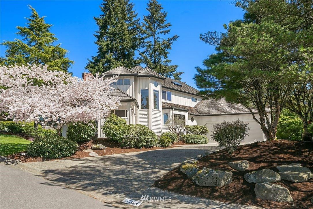 Photo of 17304 SE 47th Street, Bellevue, WA 98006 (MLS # 1756517)