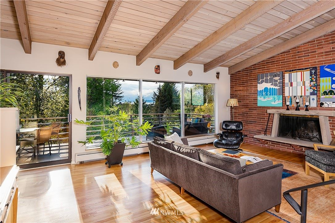 Photo of 10333 Valmay Avenue NW, Seattle, WA 98177 (MLS # 1783517)
