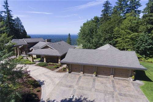 Photo of 11323 206th Place SE, Issaquah, WA 98027 (MLS # 1398518)