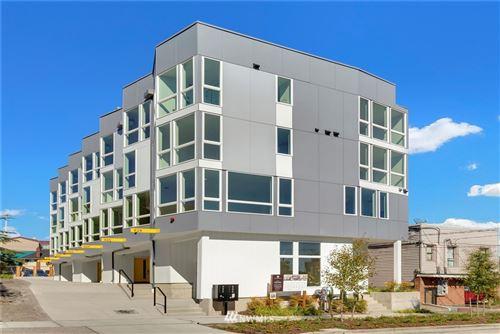 Photo of 822 N 47th Street, Seattle, WA 98103 (MLS # 1671518)