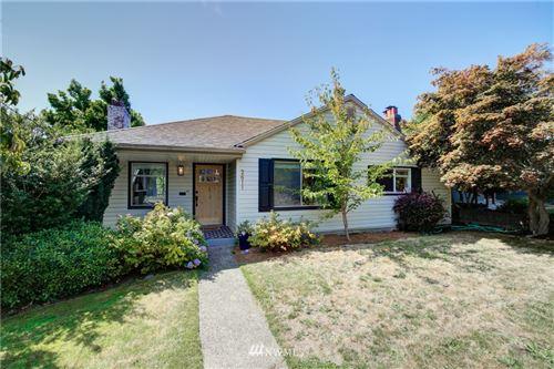 Photo of 2611 31st Avenue W, Seattle, WA 98199 (MLS # 1816518)