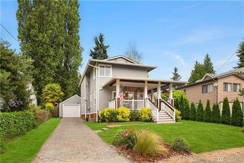 Photo of 9145 20th Ave NE, Seattle, WA 98115 (MLS # 1627520)