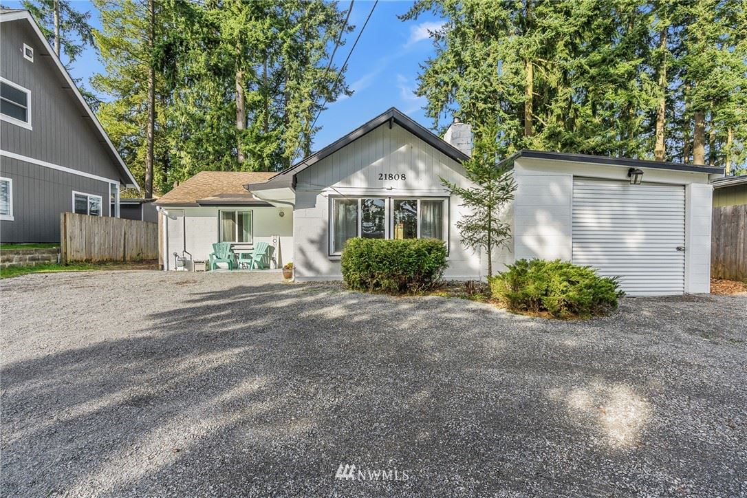 Photo of 21808 55th Avenue W, Mountlake Terrace, WA 98043 (MLS # 1744520)