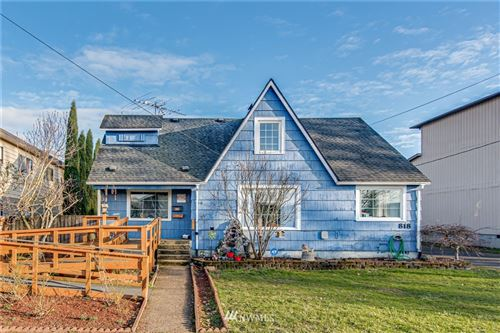 Photo of 818 8th Avenue, Longview, WA 98632 (MLS # 1720521)