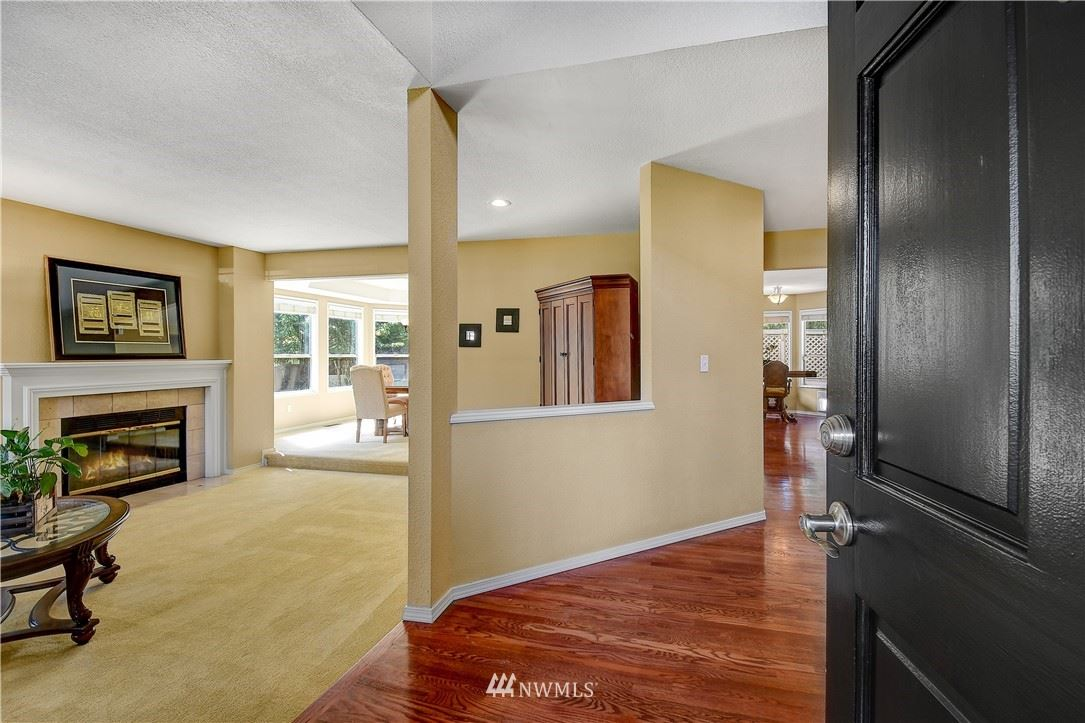 Photo of 321 S 302nd Place, Federal Way, WA 98003 (MLS # 1778521)