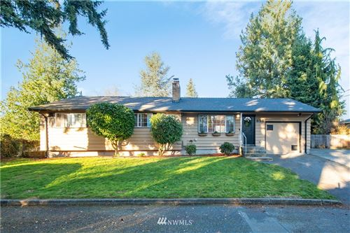 Photo of 626 N 203rd Lane, Shoreline, WA 98133 (MLS # 1686522)