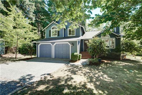 Photo of 695 143rd Avenue NE, Bellevue, WA 98007 (MLS # 1814522)