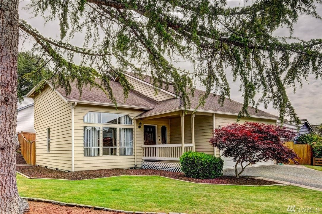 Photo of 23221 13th Place W, Bothell, WA 98021 (MLS # 1611523)