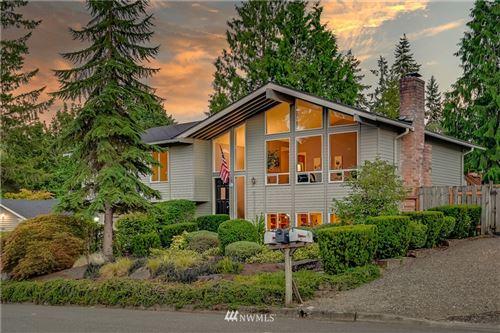 Photo of 17109 NE 32nd Street, Bellevue, WA 98008 (MLS # 1816525)