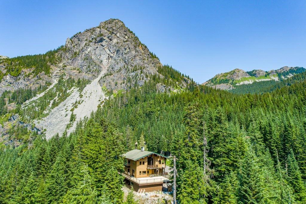 Photo of 74 Unter Strasse, Snoqualmie Pass, WA 98068 (MLS # 1619526)