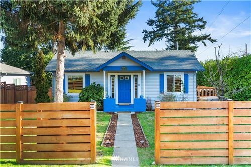 Photo of 10740 N Park Avenue N, Seattle, WA 98133 (MLS # 1720528)