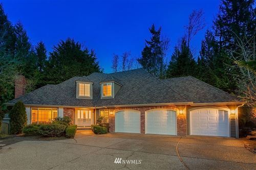 Photo of 17585 SE 56th Street, Bellevue, WA 98006 (MLS # 1736529)