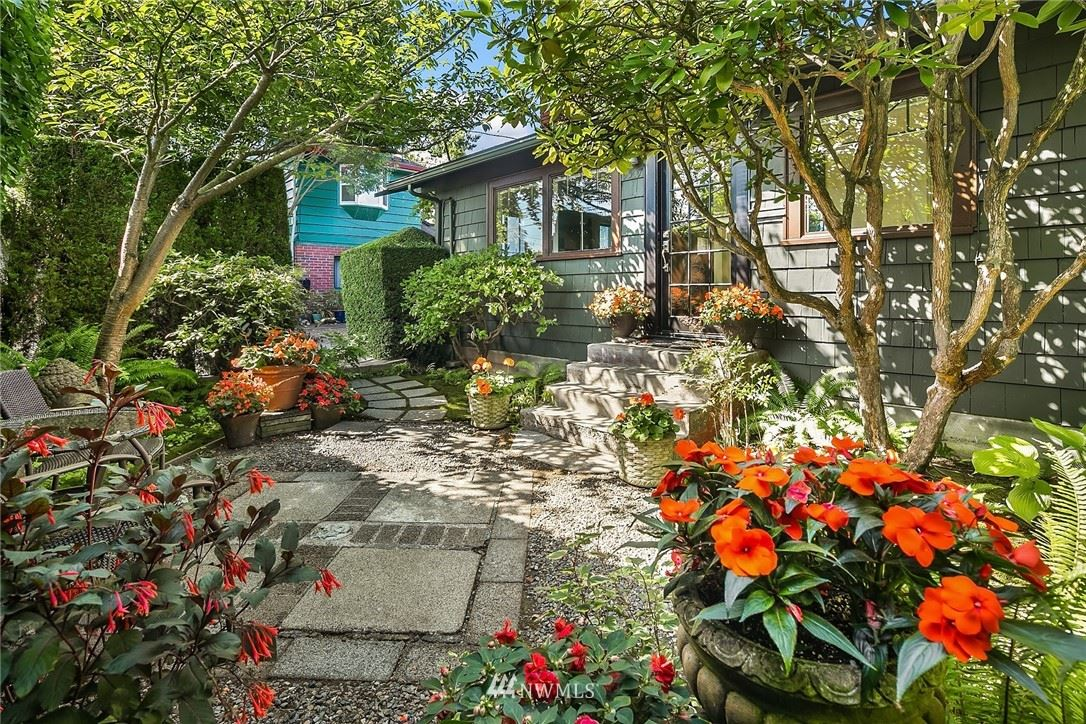 Photo of 9507 Wallingford Avenue N, Seattle, WA 98103 (MLS # 1644530)