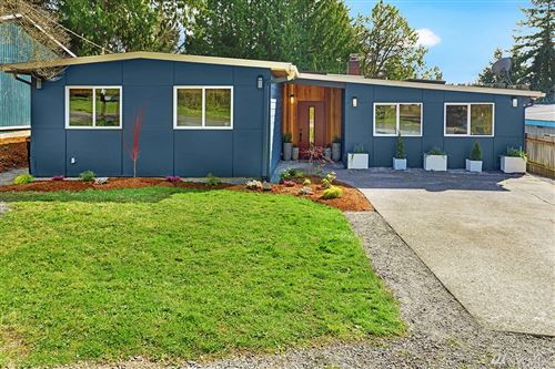 Photo of 3817 NE 115th St, Seattle, WA 98125 (MLS # 1581534)
