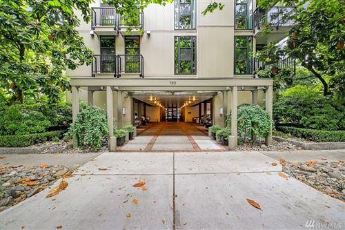 Photo of 730 Bellevue Ave E #304, Seattle, WA 98102 (MLS # 1628534)
