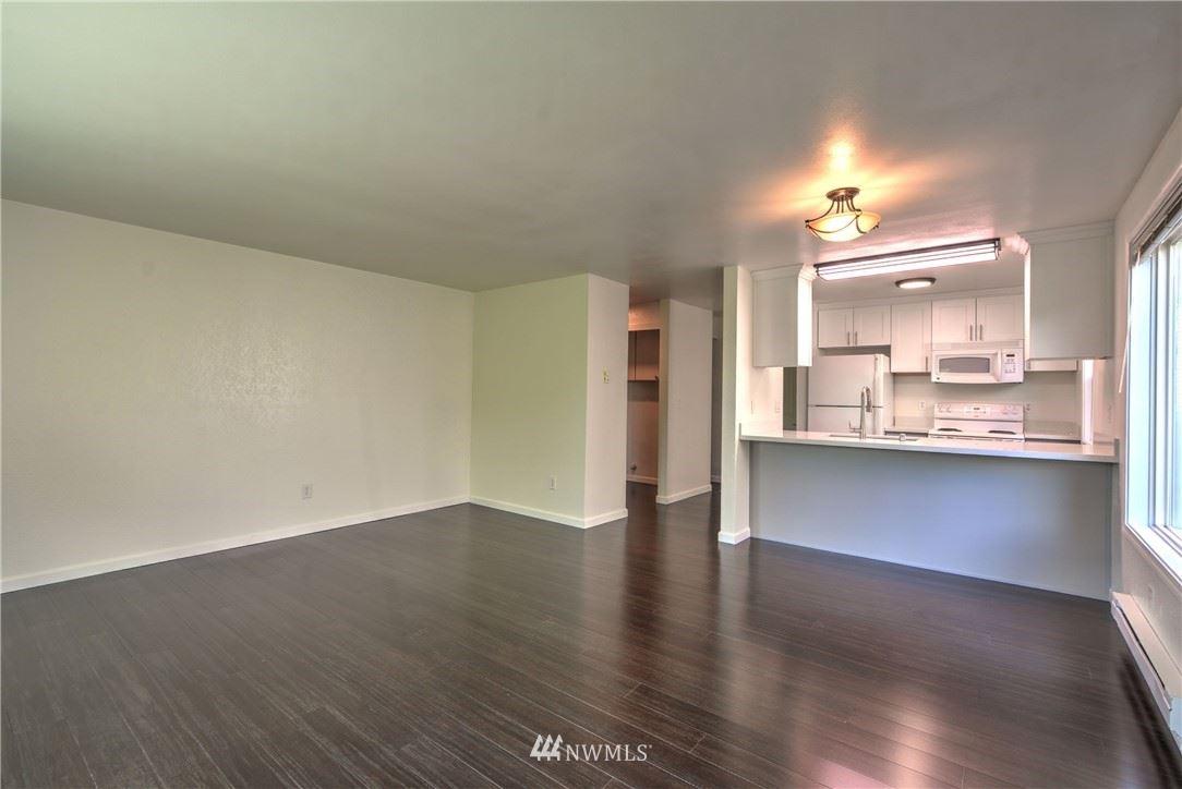 Photo of 1304 Chestnut Street #5, Everett, WA 98201 (MLS # 1813534)