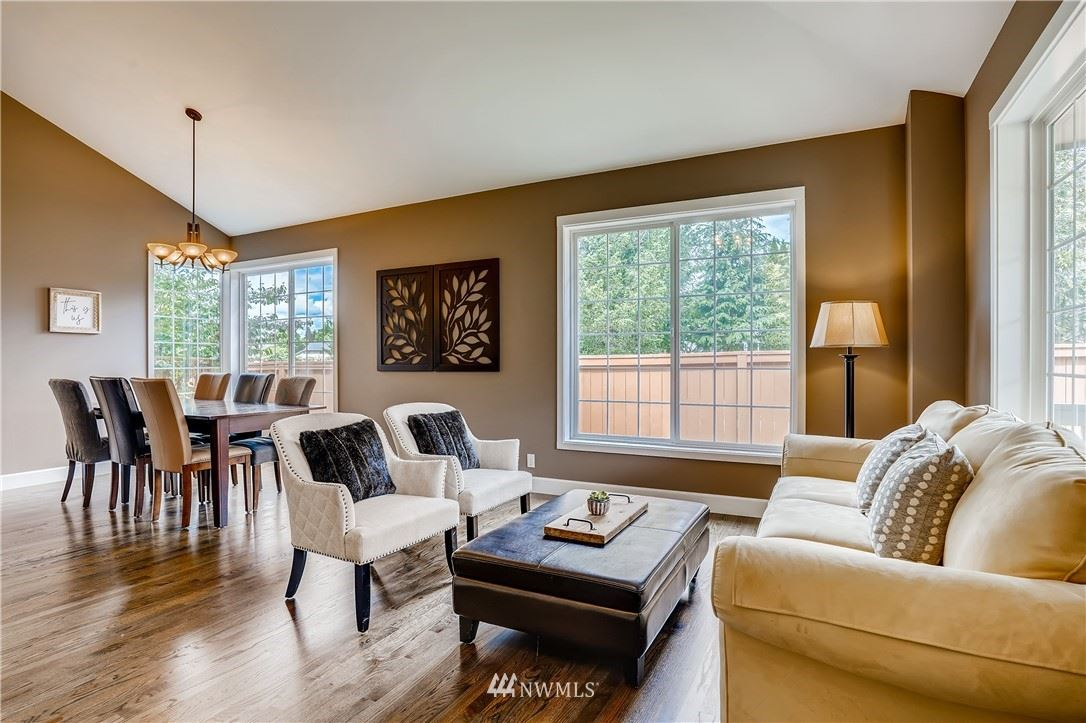 Photo of 370 SE 12th Place, North Bend, WA 98045 (MLS # 1788536)