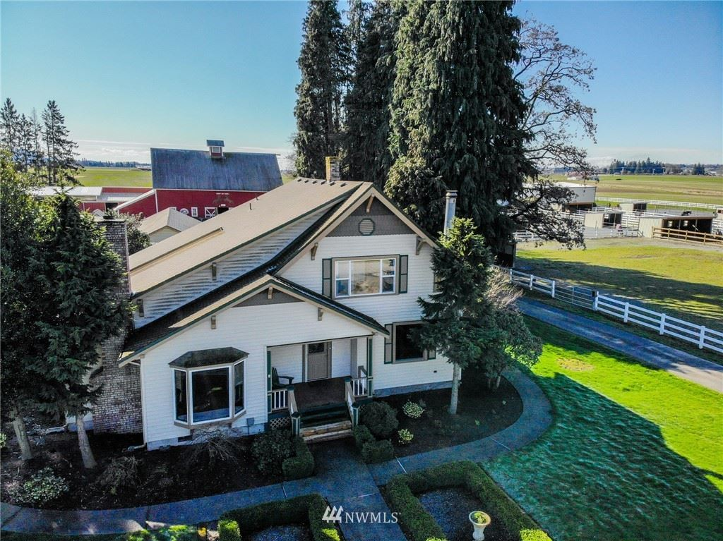 Photo of 18244 Sam Bell Road, Bow, WA 98232 (MLS # 1576537)