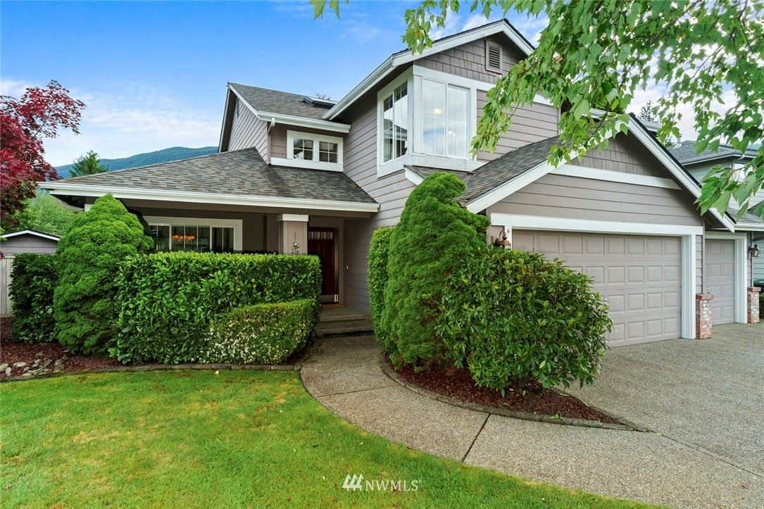 Photo of 1126 SE 11th Place, North Bend, WA 98045 (MLS # 1786540)