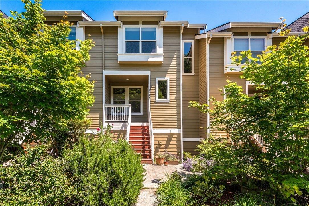 Photo of 4382 28th Avenue S, Seattle, WA 98108 (MLS # 1784541)