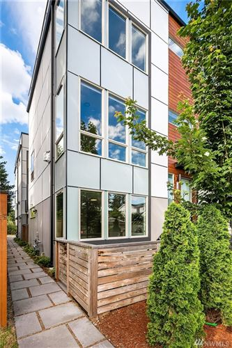 Photo of 630 NW 85th St #A, Seattle, WA 98117 (MLS # 1626544)