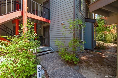 Photo of 14502 NE 30th Place #31B, Bellevue, WA 98007 (MLS # 1633544)