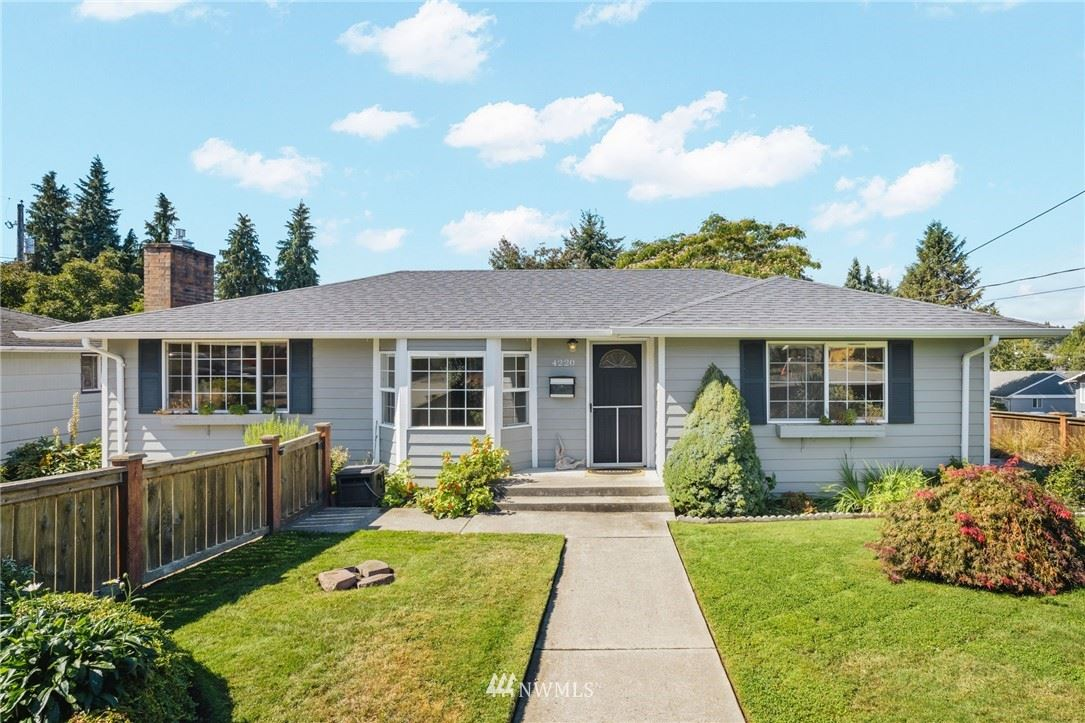 4220 N Highland Avenue, Tacoma, WA 98407 - MLS#: 1834546