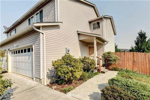 Photo of 3402 Rosewood Street, Mount Vernon, WA 98273 (MLS # 1663547)