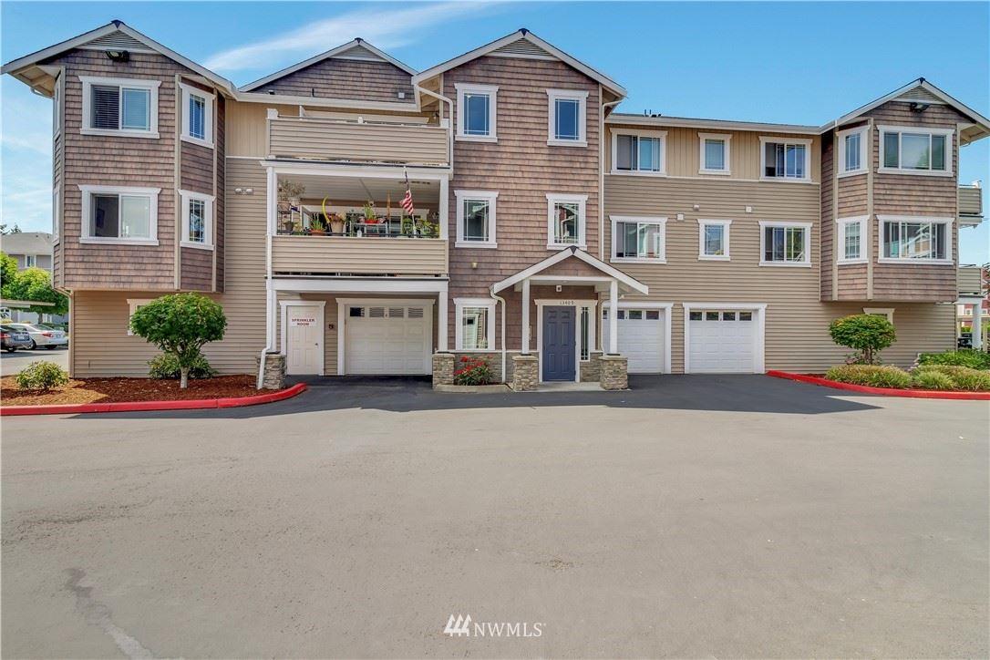 Photo of 13409 97th Avenue E #302, Puyallup, WA 98373 (MLS # 1815548)