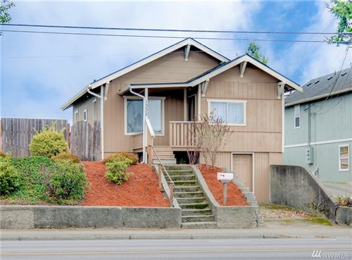 Photo of 1332 Warren Ave, Bremerton, WA 98337 (MLS # 1531550)