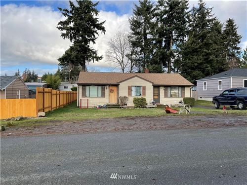 Photo of 816 S 195th, Des Moines, WA 98148 (MLS # 1719550)