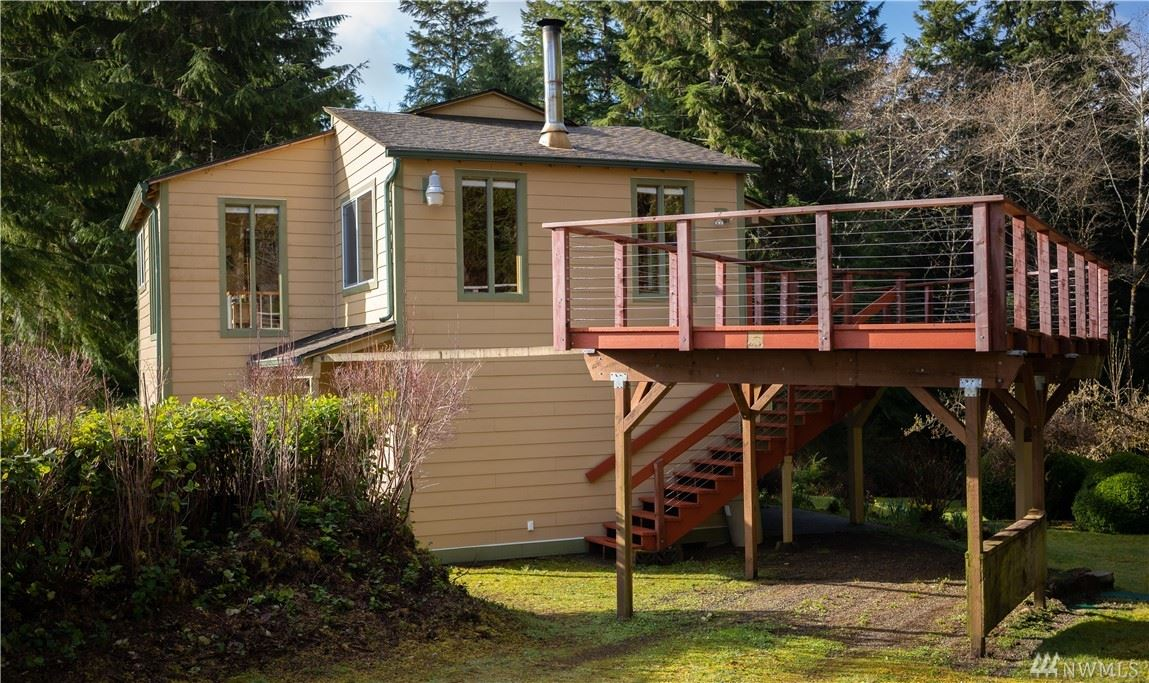 Photo of 32 Lynn Point Lane, South Bend, WA 98586 (MLS # 1579550)