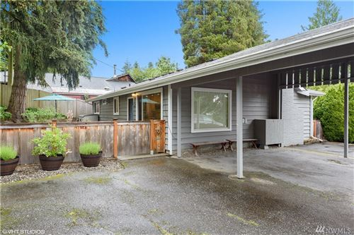 Photo of 19517 55th Ave NE, Lake Forest Park, WA 98155 (MLS # 1606552)