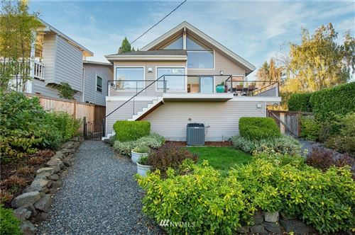 Photo of 3344 9th Avenue W, Seattle, WA 98119 (MLS # 1670552)