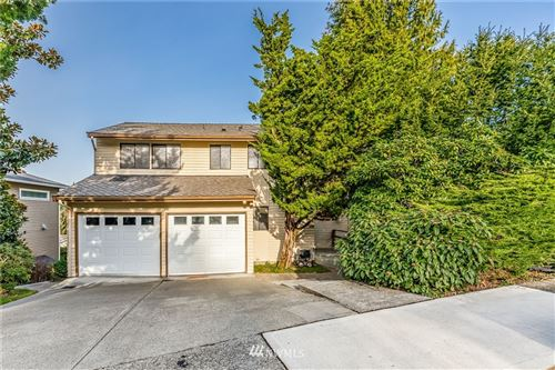 Photo of 9828 41st Avenue NE, Seattle, WA 98115 (MLS # 1733552)