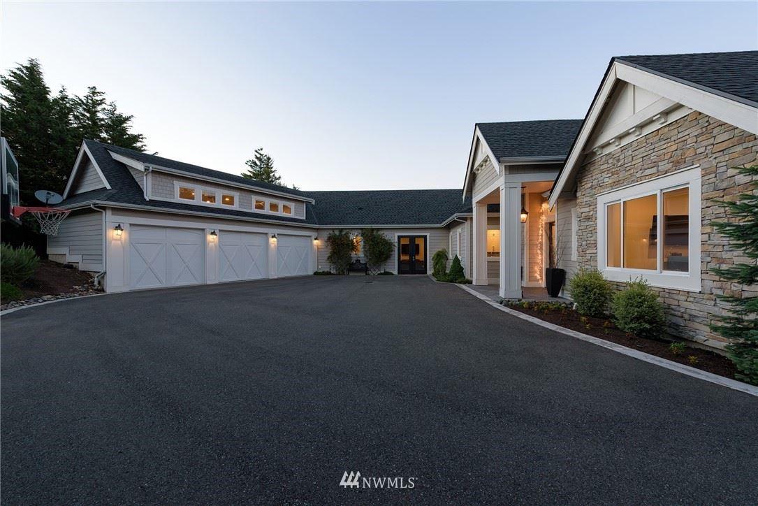 Photo of 7109 Saint Andrews Lane SE, Snoqualmie, WA 98065 (MLS # 1785554)