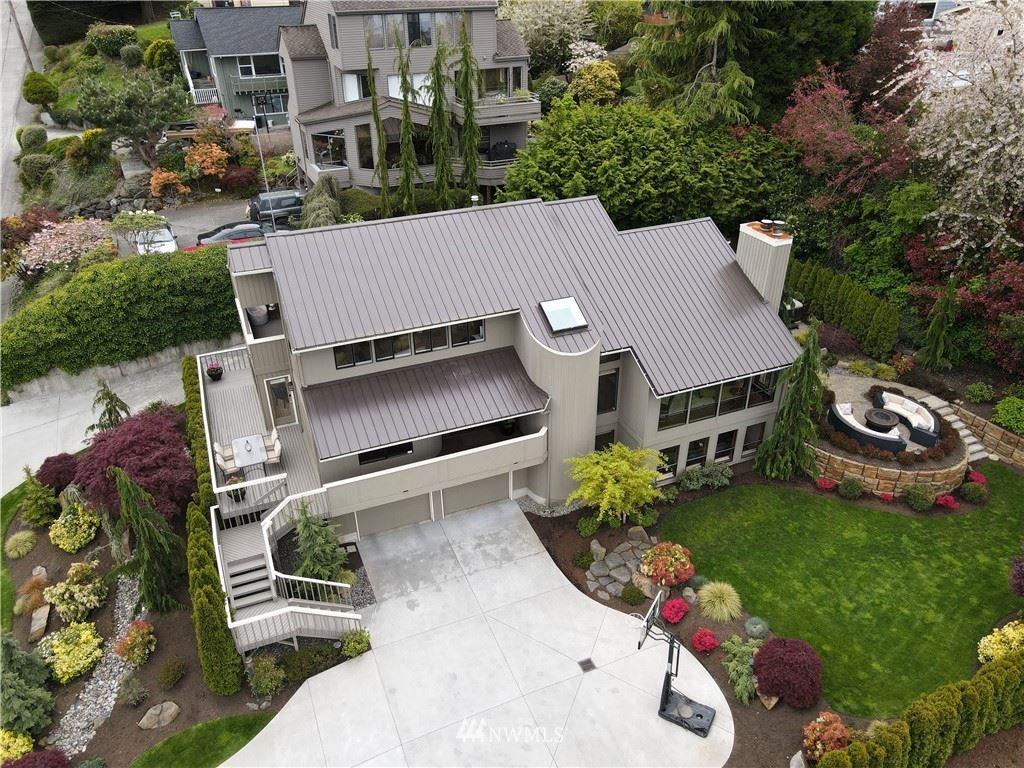 Photo of 3412 Bell Avenue, Everett, WA 98201 (MLS # 1765555)