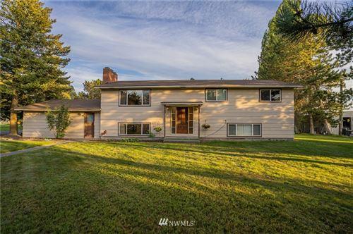 Photo of 12339 Heritage Lane SE, Moses Lake, WA 98837 (MLS # 1814556)