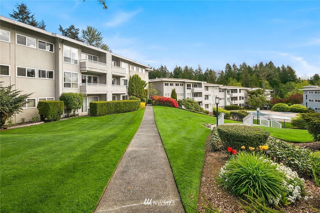 Photo of 12631 NE 9th Place #C110, Bellevue, WA 98005 (MLS # 1762557)
