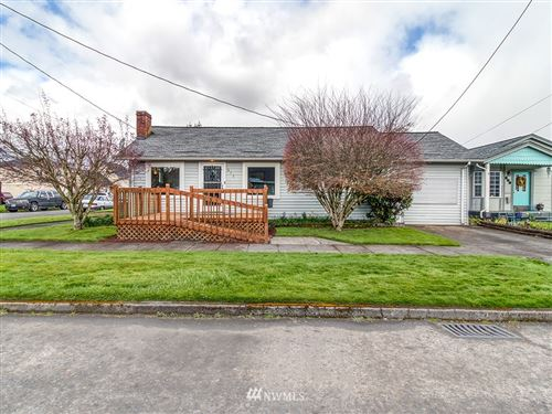 Photo of 615 S 5th Avenue, Kelso, WA 98626 (MLS # 1756558)