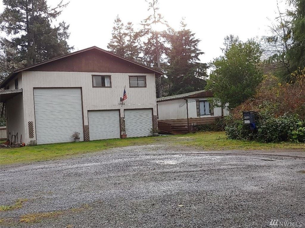 Photo of 1302 322nd Place, Ocean Park, WA 98640 (MLS # 1546558)