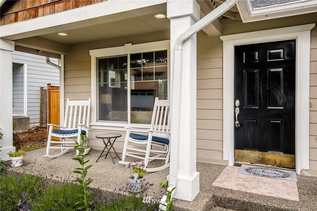 Photo of 23834 SE 248th Place, Maple Valley, WA 98038 (MLS # 1788558)