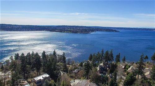 Photo of 738 96th Avenue SE, Bellevue, WA 98004 (MLS # 1717559)
